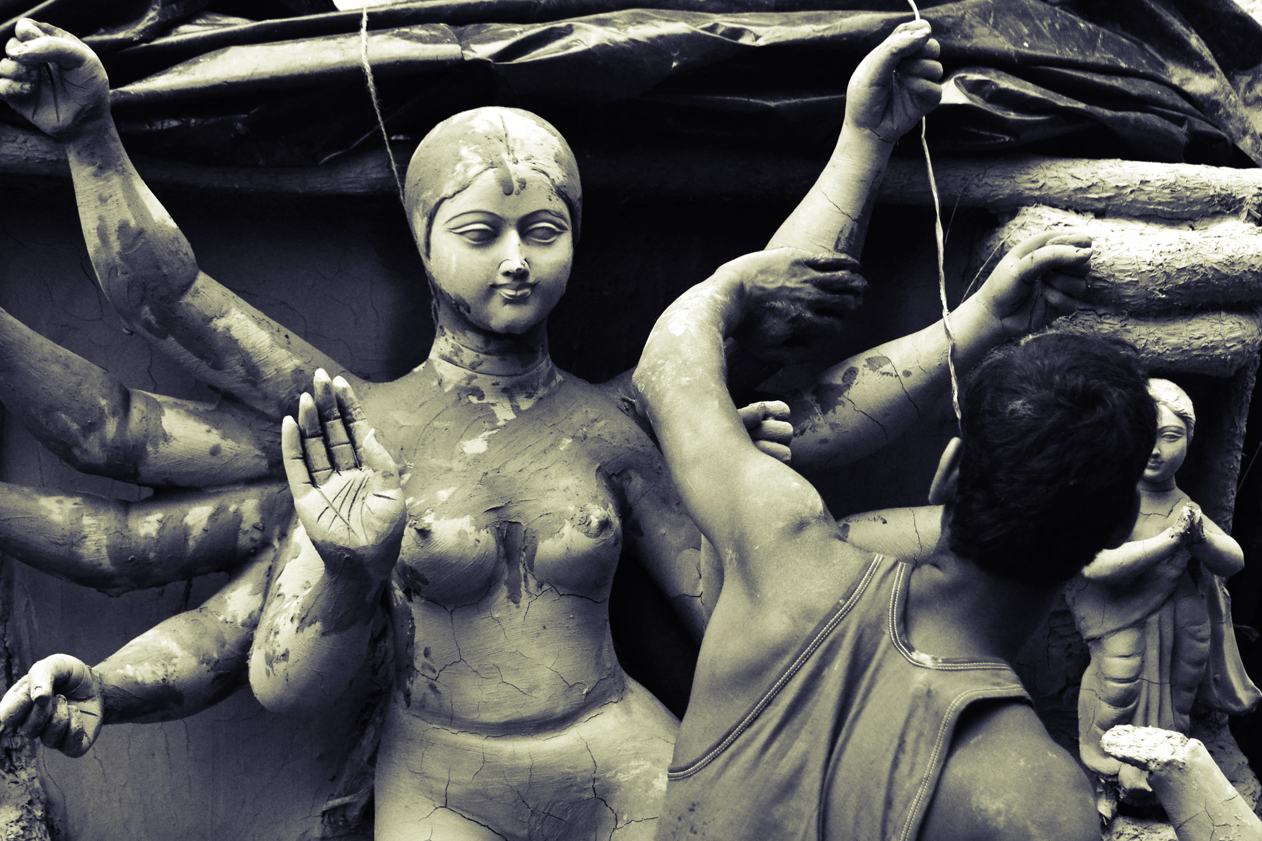 craftsmanship at Kumartuli